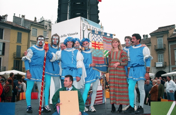 Lodi: vittoria per il Colle, palio pieno con el Baston ed il Gonfalone ,1998